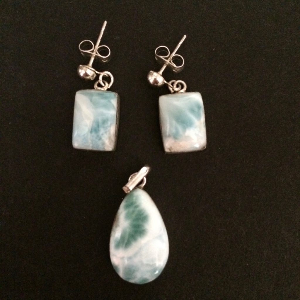 Larimar pendant with rectangular earrings