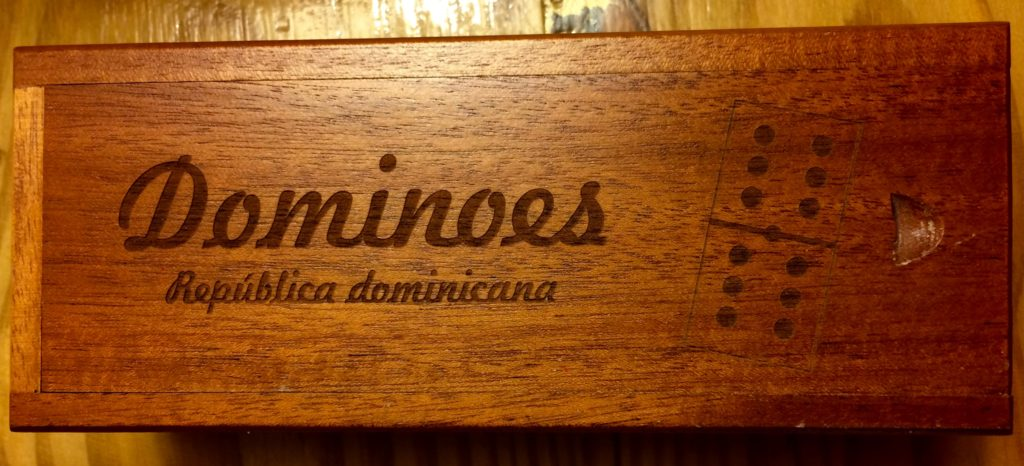 Dominoes box exterior