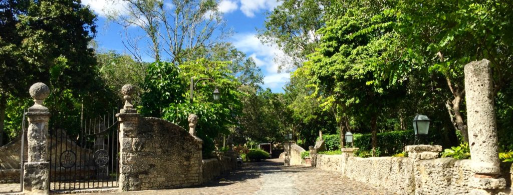 Entry to Altos de Chavon